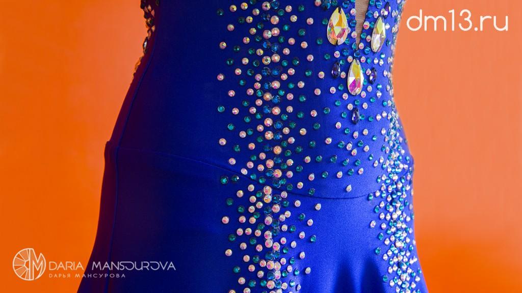 Бальное платье со стразами сваровски
